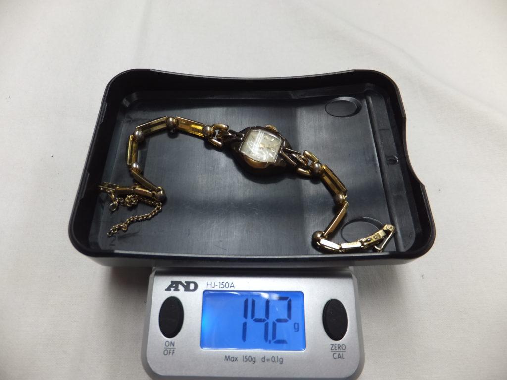 K18 金無垢時計の全体重量 14.2g