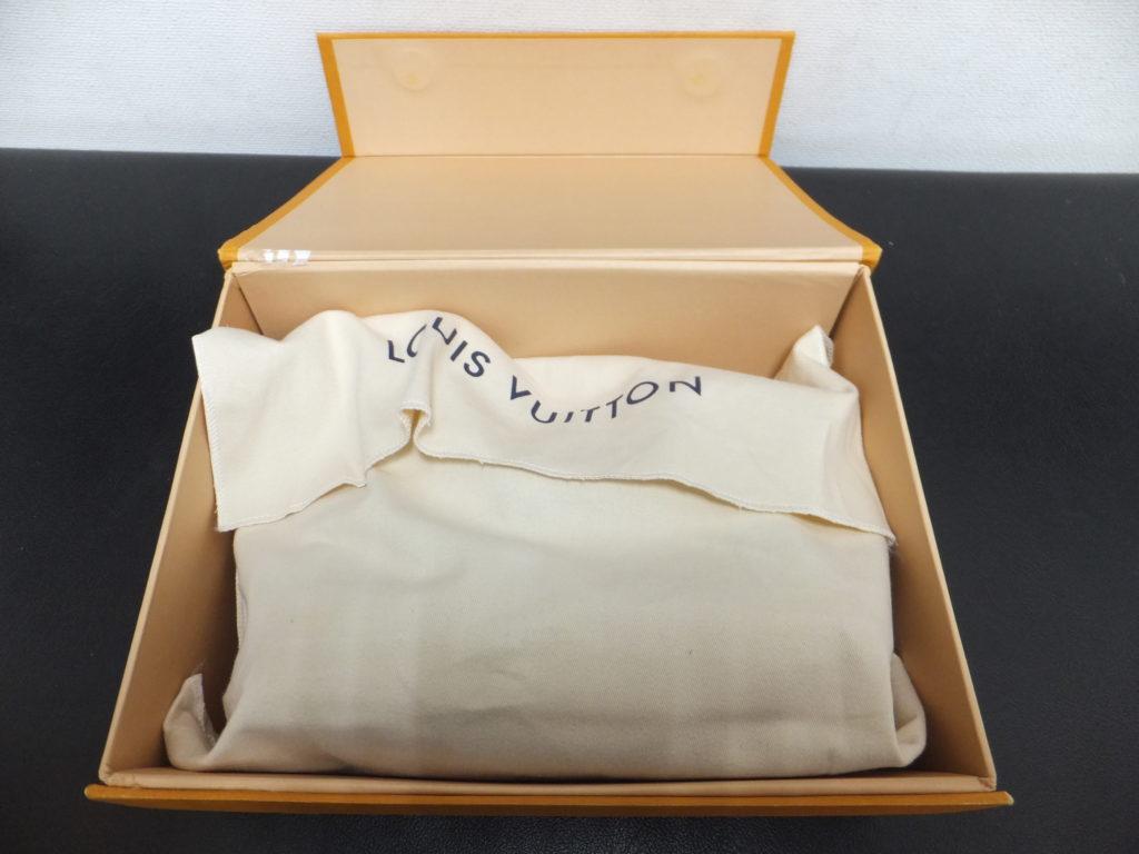 Louis Vuittonの外箱を開封 保存袋付き コピー品